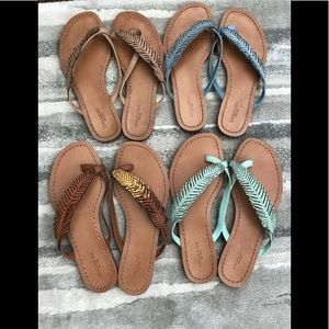 4 pairs of Coach Deni feather sandal